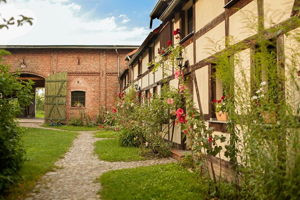 Hof Ferienwohnungen Hochzeitsscheune Hochzeit Scheune Location ZaZa Brandenburg